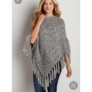 MAURICES grey sweater poncho new with tags